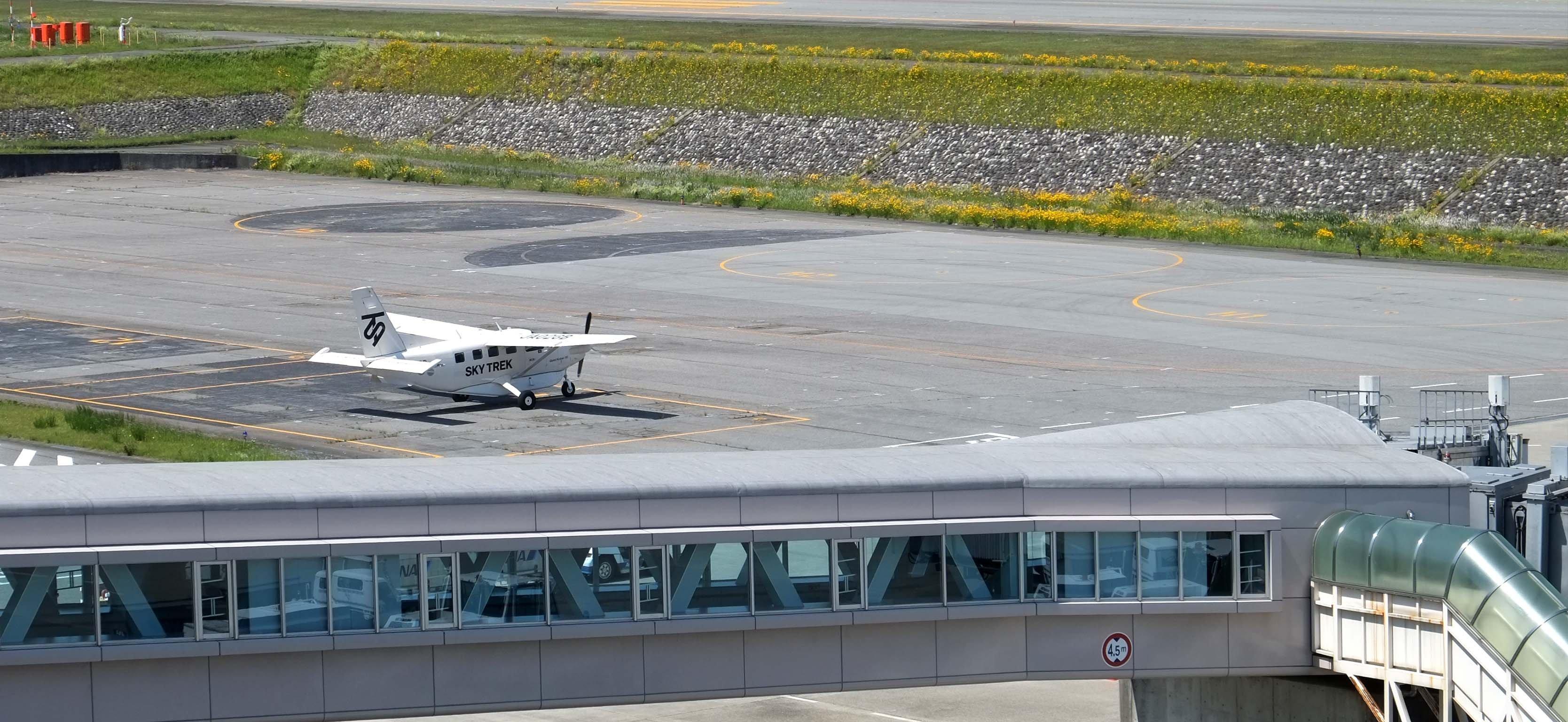 toyama空港1